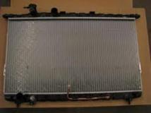 Радиатор охлаждения автомат HYUNDAI SONATA 2002- 2531038055