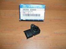 Датчик расхода воздуха Hyundai Getz  39300-22600