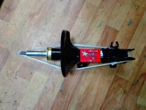 Амортизатор передний правый Chery M11 M11-2905020