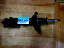 Амортизатор передний правый Hyundai Accent (производитель)KAYABA 333304