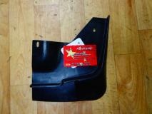 Брызговик передний правый Chery Bonus, Chery Very A13-3102046