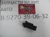 Датчик стоп сигнала FAW Besturn B50  FA0166490A