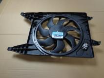 Вентилятор радиатора с кондиционером Lada Largus 8200765566