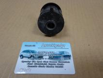 Сайлентблок задней продольной тяги Toyota Camry  4878012020