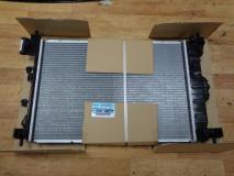 Радиатор охл. Chevrolet Aveo T300 2011- (автомат) 95460096