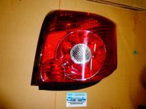 Фонарь задний внешний левый Toyota Avensis 2003- 8156105210