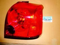 Фонарь задний внешний правый Toyota Avensis 2003- 8156105140
