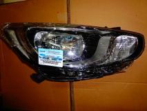 Фара правая Hyundai Solaris 921024L000