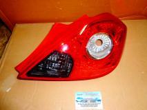 Фонарь задний правый Opel Corsa -D- 2006- (3 дверный) 93189091