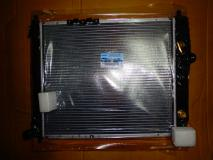 Радиатор охлаждения Chevrolet Aveo 04-08 1,2/1.4 8v (автомат) 96536524