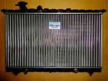 Радиатор охлаждения Hyundai Sonata (механика) 2531038050