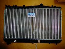 Радиатор охлаждения Chevrolet Lacetti (автомат) 96553378