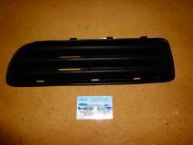 Решетка в бампер левая  Skoda Octavia 2001- (+TOUR) 1U0 807 367 B01 C