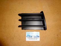 Решетка переднего бампера правая Skoda Octavia 1Z0853665B41