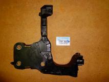 Панель передняя правая часть Renault Megane 8200137496
