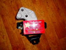 Опора двигателя правая Geely MK  1016000636