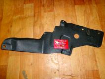 Защита двигателя левая (пластик)  Lifan X60 S8402811