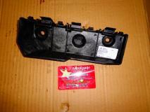 Кронштейн переднего бампера правый  Chery Indis S18D-2803542
