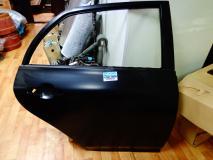 Дверь задняя правая Toyota Corolla 67003-02260