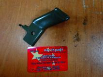 Кронштейн переднего бампера правый Geely MK 101201036702