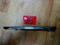 Накладка решетки радиатора центральная левая Geely MK CROSS 1018006120