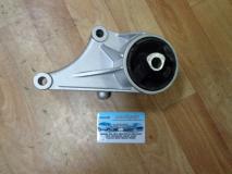 Опора двигателя левая Opel Zafira 5684137