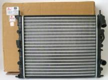 Радиатор охлаждения без кондиционера Renault Logan K7M, K7J до 2008 7700838134