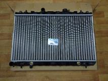 Радиатор охлаждения автомат Hyundai Elantra 2004- 25310-2D010 253102D110