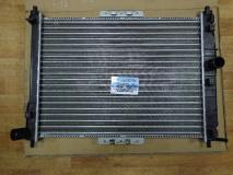 Радиатор охлаждения механика (без кондиционера)CHEVROLET LANOS 98- 96351263