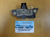 Регулятор напряжения генератора Renault Sandero 7701048230