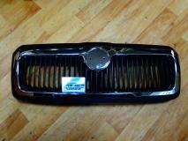 Решетка радиатора черная с хром Skoda Octavia 2001- (+TOUR) 1U0853651