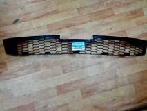 Решетка в бампер центральная часть Mazda6 06- GR1A501T1