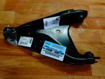 Рычаг подвески правый Renault Sandero 8200820918
