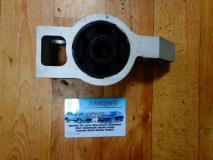 Сайленблок задний переднего рычага правый Skoda Octavia 1K0 199 231 J