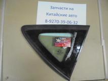 Стекло задней правой двери маленькое Geely Emgrand X7  1018015809
