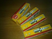 свеча зажигания Suzuki SX4  09482-00494