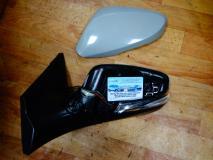 Зеркало левое с указателем поворота Hyundai Solaris 876104L020